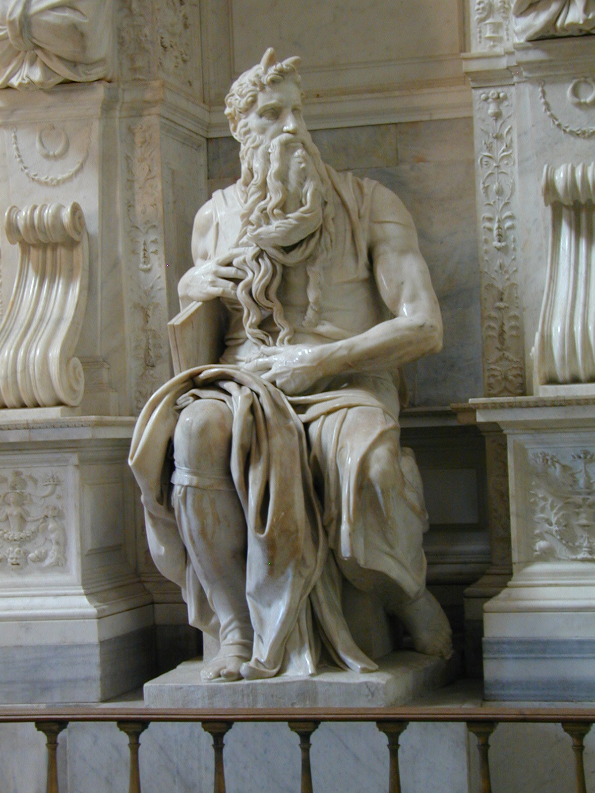 10-moses-michelangelo