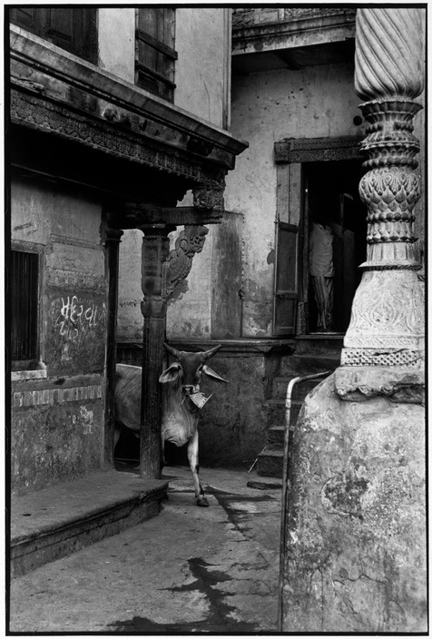 INDIA. Gujarat. Ahmedabad. 1966. Copyright Henri Cartier-Bresson/Magnum Photos